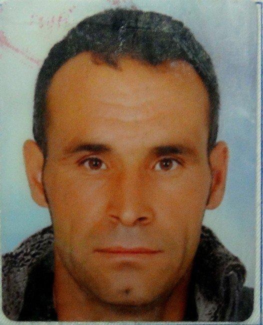 Sokakta Av Tüfeğiyle Vurularak Öldürüldü