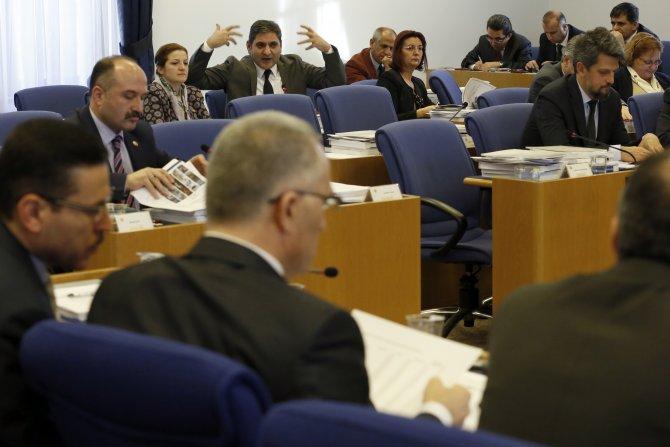 Maliye Bakanı Ağbal ile CHP'li Erdoğdu arasında sert tartışma