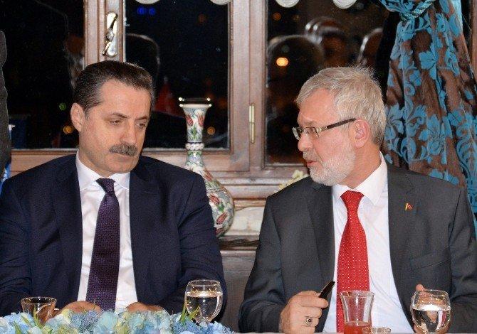 """Bakan Çelik: """"Herkes Uludağ Üniversitesi'ni Örnek Almalı"""