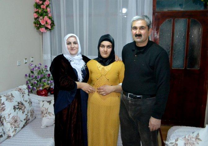 Şemdinli'de iki kez yakılan okulda Türkiye birincisi çıktı