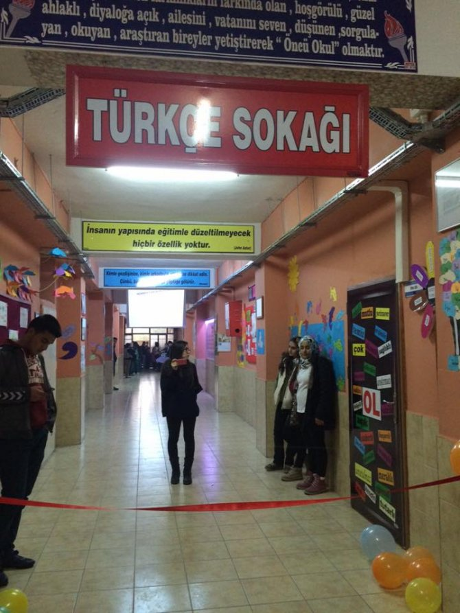 'Eğitim Sokağı' öğrencilere teneffüsde de eğitim verecek