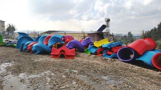 Kadirli'de 15 Köye Oyun Parkı Kuruldu
