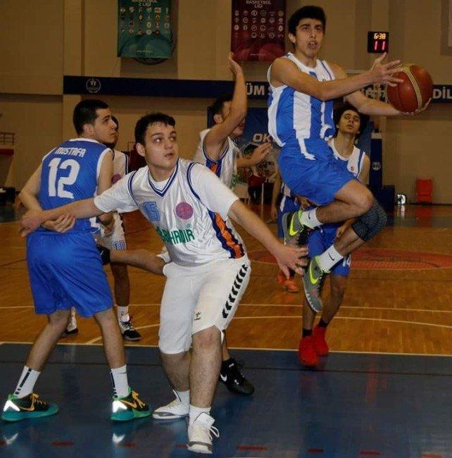 Final Basketbol Takımı 1. Oldu