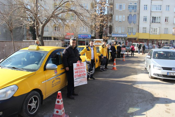 Sağlıkçılara yol verin kampanyası yaygınlaşıyor