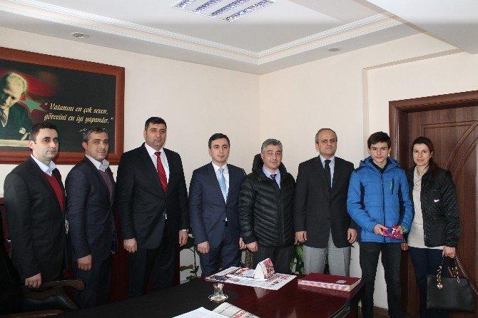 TEOG Türkiye 1. Yazgı Tosyalı Kaymakam Tarafından Ödüllendirildi