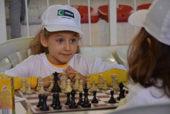 Yeşilay'dan Satranç Turnuvası