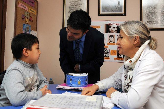 Belediyeden, Yenimahalle'deki engellilere ziyaret