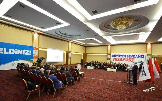 Başkan Polat, Canlı Yayında 2015 Yılı Faaliyetlerini Anlattı