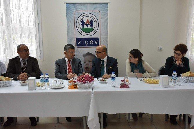 Ziçev Rehabilitasyon Merkezi Birinci Yılını Kutladı