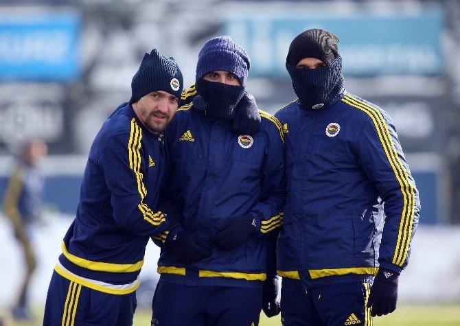 Fenerbahçe, Tuzlaspor Maçının Hazırlıklarını Tamamladı