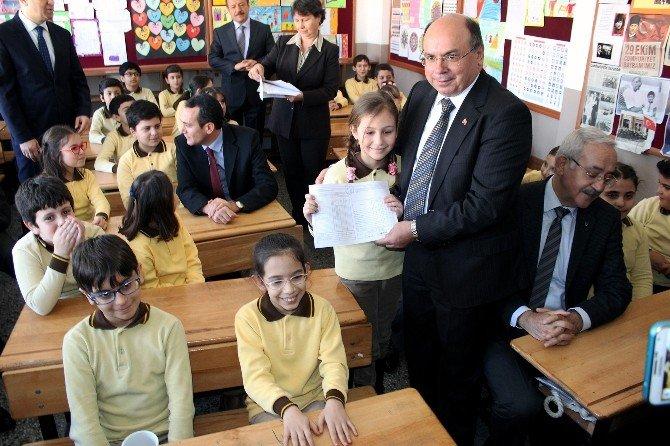 Muğla'da 146 Bin Öğrenci Tatile Çıkıyor