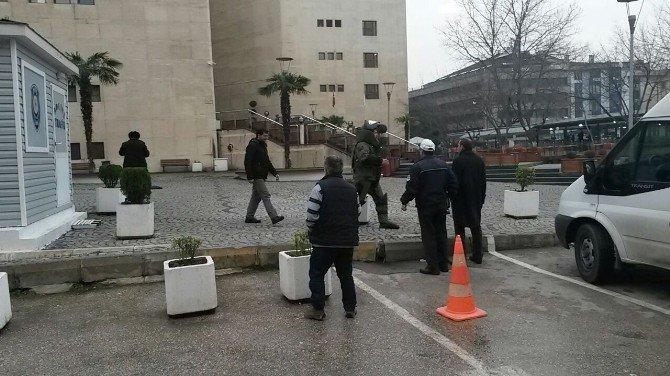 Bursa Adliyesinde Bomba Paniği
