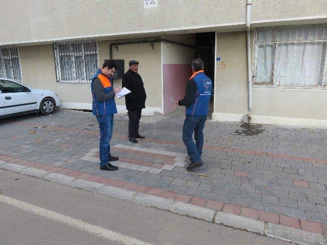 AFAD Ekipleri Yerköy Ve Çiçekdağı'ndaki Binalarda Hasar Tespit Çalışması Yapıyor