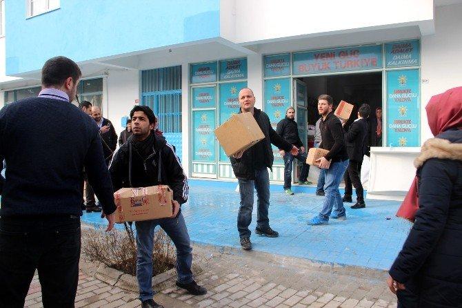 Yalovalılardan Bayır Bucak Türkmenlerine Yardım