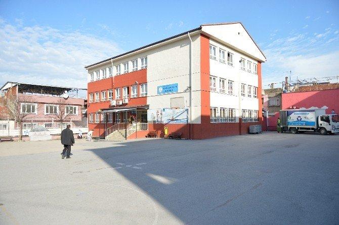 Okullar Yenileniyor Kalite Artıyor