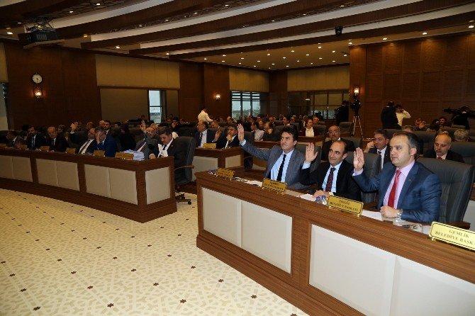 """""""Otoparklar Bursa'nın Güvenliğine Katkı Sağlıyor"""""""