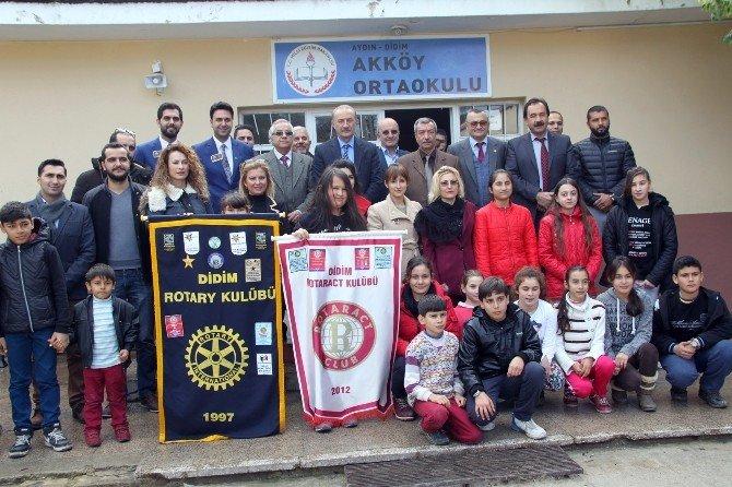 Didim'den Rotaryenlerden Eğitime Destek