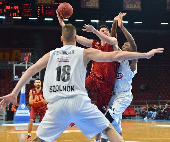 Galatasaray Odeabank: 87 – Szolnoki Olaj: 59