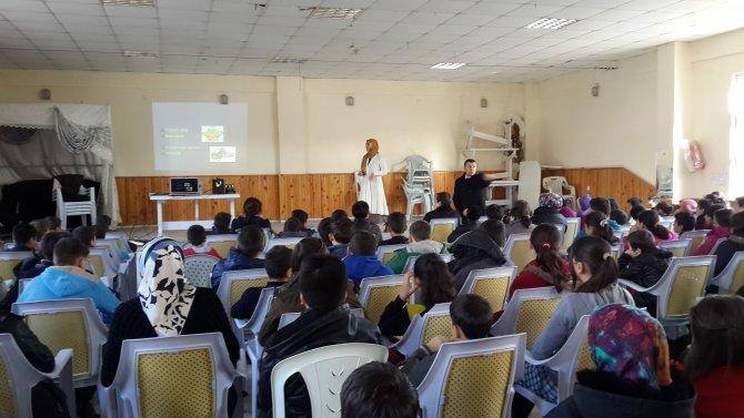 Öğretmen ve öğrencilere grip eğitimi