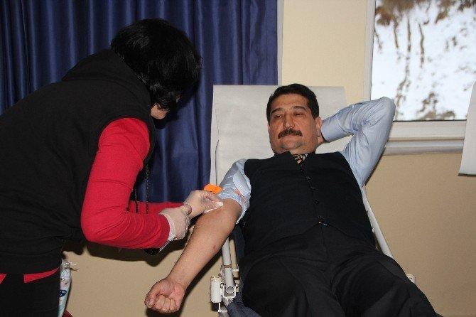 Pomem Öğrencilerinden Kan Bağışı