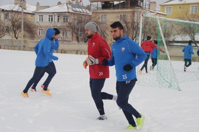 Karaman Belediyespor, Ceyhan Doğanspor Maçı Hazırlıklarına Devam Ediyor