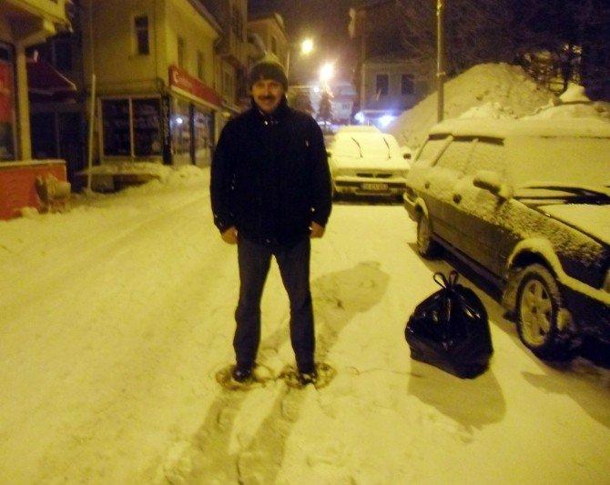 Karda Yürümek İçin 'Giyle' Kullanıyorlar