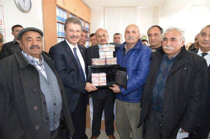 Kayseri Şeker, Çiftçisine Pancar Bedellerini 20 Ocakta Para Kasalarıyla Teslim Etti