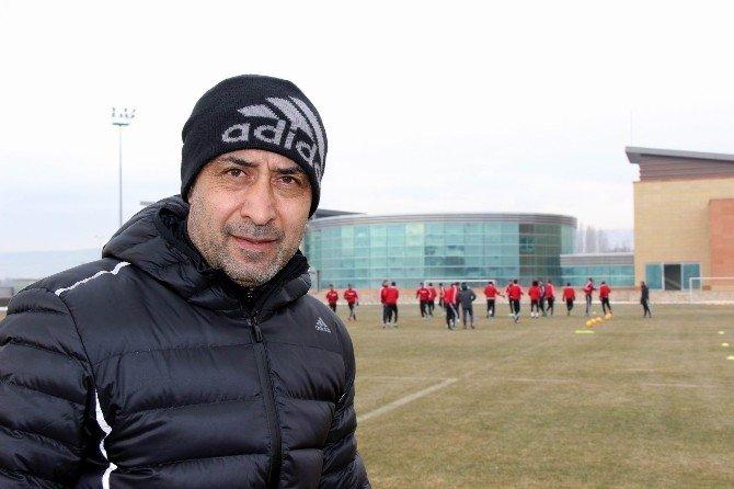 Kayserispor Konya'dan Puanla Dönmek İstiyor