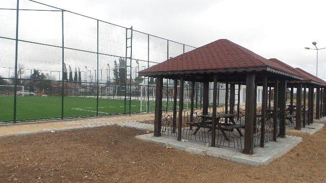 Kepez'in 5 Mahallesine Semt Spor Sahası