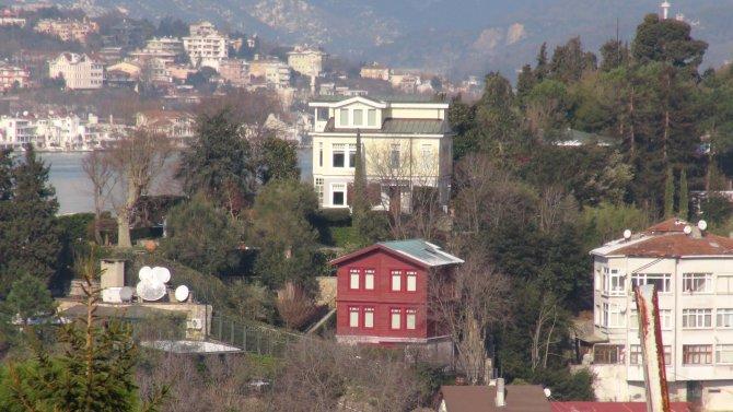 Mustafa Koç'un kalp krizi geçirdiği evi