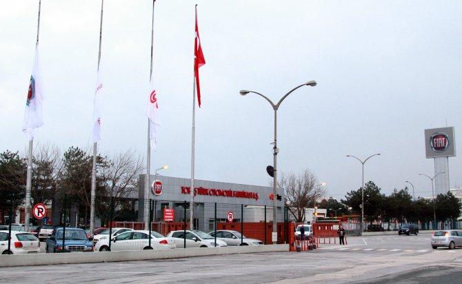 TOFAŞ fabrikalarında bayraklar yarıya indirildi
