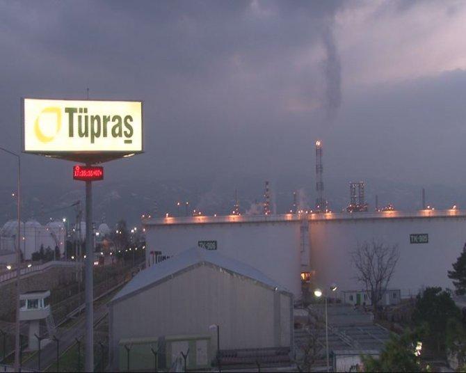 Koç'un vefatı nedeniyle Tüpraş'ta bayraklar yarıya indirildi
