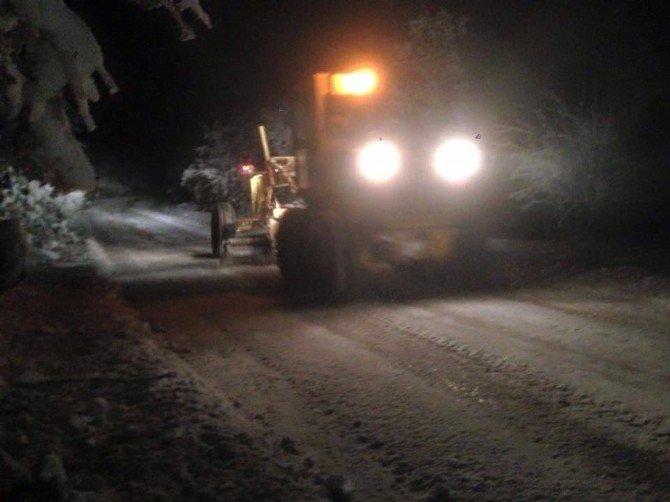 Büyükşehir Belediyesi Kar Mücadelesine Devam Ediyor