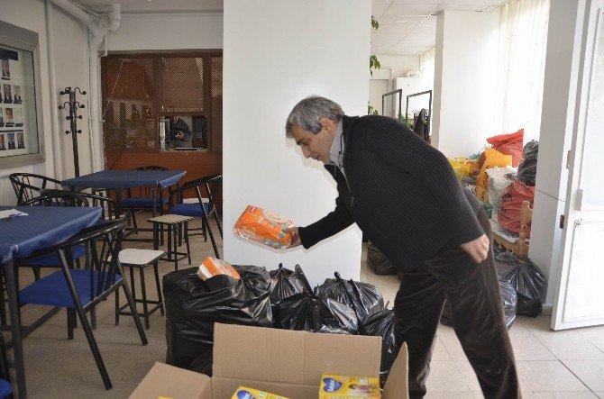 Siverekliler Derneği'nden Sur'dan Göç Eden 100 Aileye Yardım