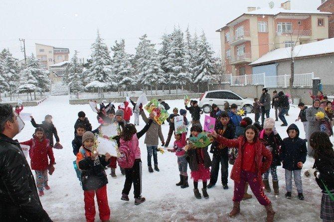 Sungurlu'da 9 Bin 662 Öğrenci Karne Aldı