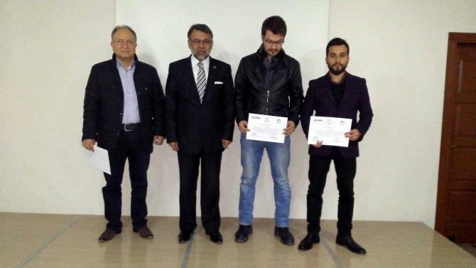 TÜMSİAD'da ihracat kapasitesi kursiyerlerine sertifikaları verildi