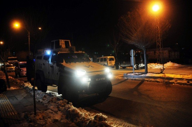Van'da 1 PKK'lı Ölü Ele Geçirildi