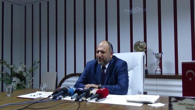 Vartaş Elazığspor, teknik direktör Coşkun Demirbakan ile sözleşme imzaladı