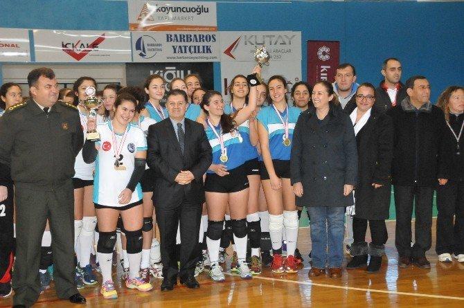Başkan Demiralp'den Genç Sporculara Destek