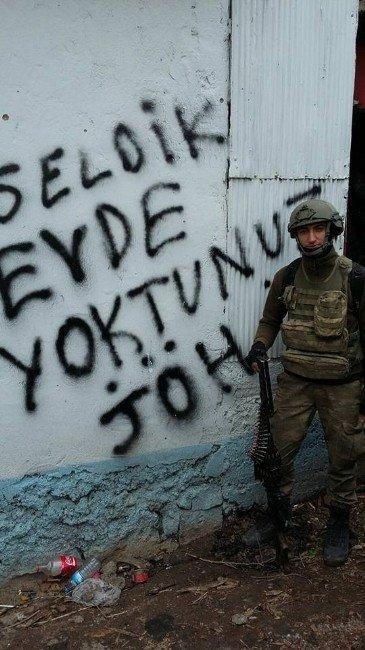 Diyarbakır Sur'da Balıkesirli Asker Ağır Yaralandı