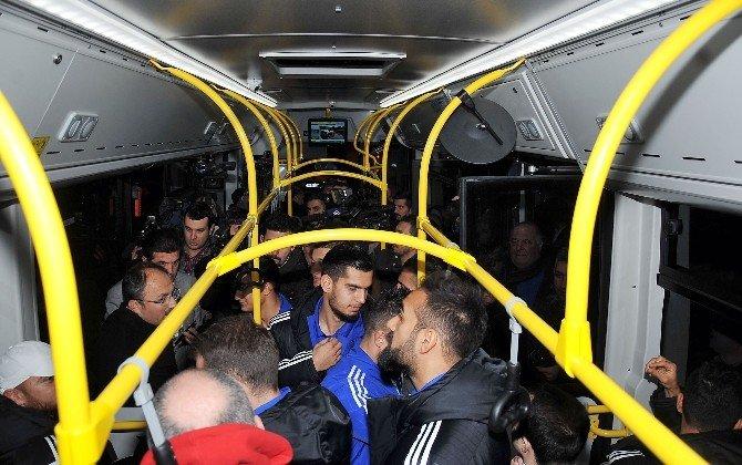 Tuzlaspor 500t İle Kadıköy'e Geldi