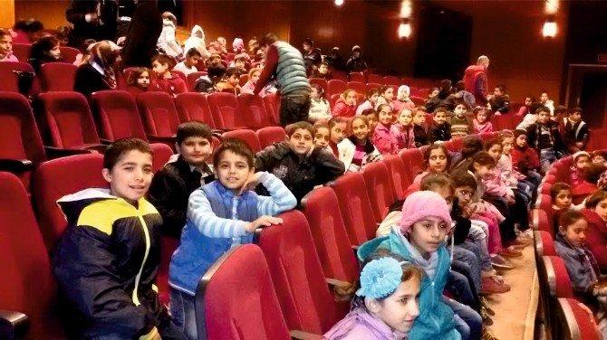 Öğrenciler Animasyon Filmi İzleyerek Eğlendi