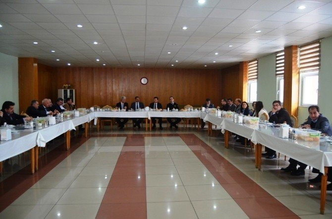 Kamu Kuruluşları Ve Sektör Temsilcileri İle Kahvaltı Programı Yapıldı