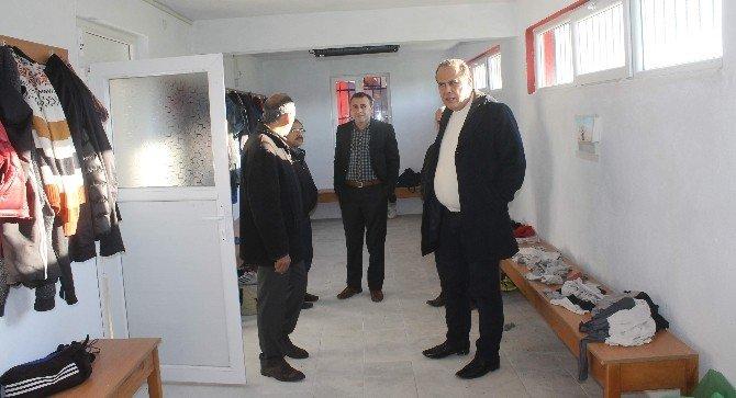 Başkan Ozan'dan Karpuzlu Belediyespor'a Moral Ziyareti