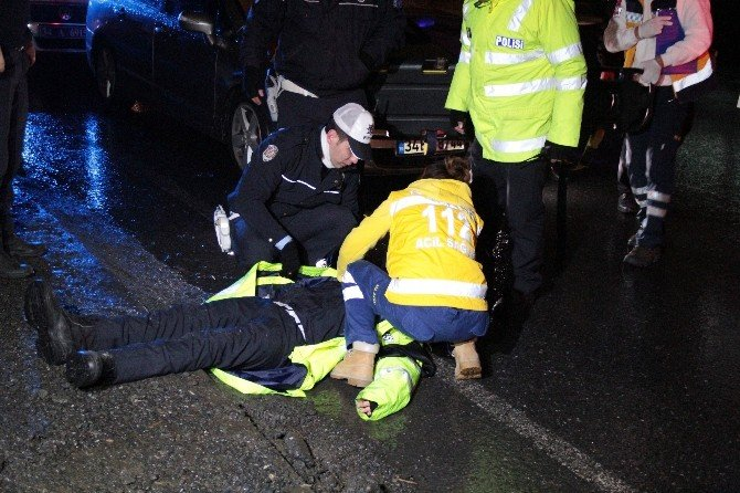 Konvoy Güzergahında Görev Yapan Trafik Polisine Araç Çarptı