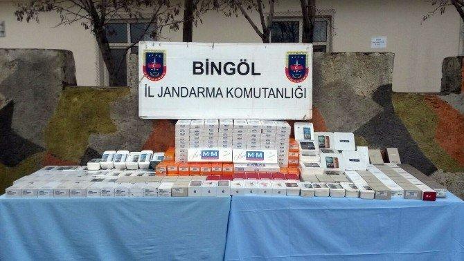 350 Bin Liralık Kaçak Telefon Yakalandı