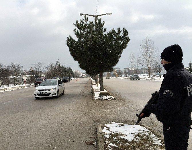 Bolu Polisinden Terör Ve Asayiş Kontrolü