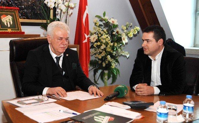 Bursaspor'de Eski Yönetim Tartışılıyor