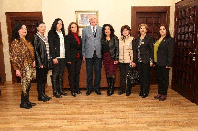CHP'li Kadınlardan Başkan Kurt'a Ziyaret