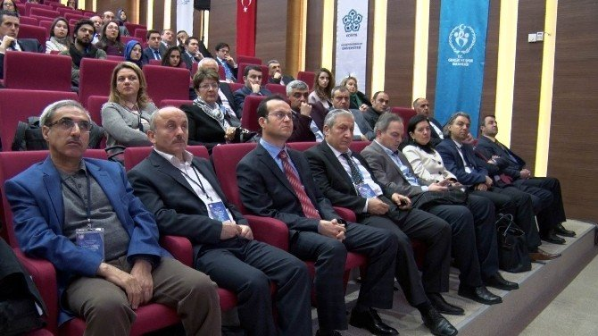 Konya'da Gençlik, Şiddet Ve Sosyokültürel Etkenler Çalıştayı